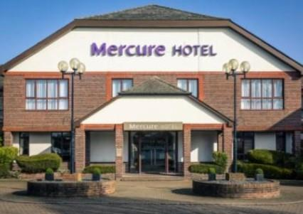 Snow Ball Christmas Parties 2019 at Mercure Dartford Brands Hatch Hotel & Spa