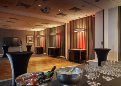 Christmas Parties and Festive Dining 2019 at Doubletree by Hilton Manchester Piccadily