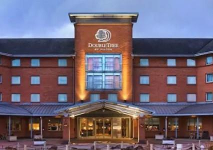 Celebrate Christmas Parties 2020 at DoubleTree by Hilton Glasgow Strathclyde