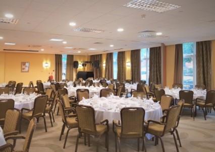 Private Christmas Parties 2020 at Holiday Inn Kenilworth